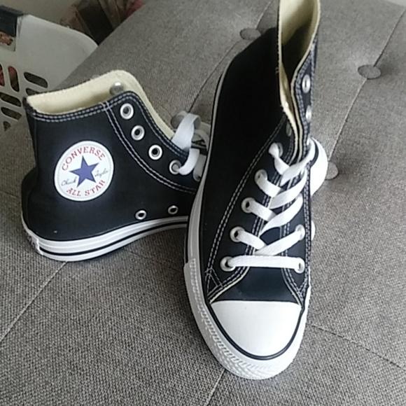 dc528d95d035 Converse boys shoes size 6